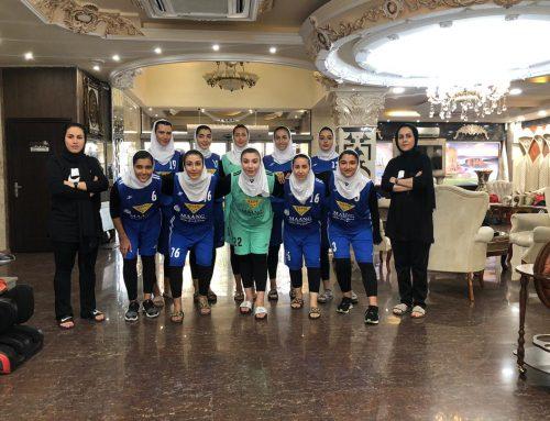 حضور تیم هند بال ساحلی بانوان صنایع رنگ مانگ در هتل بین المللی چهار ستاره آریا